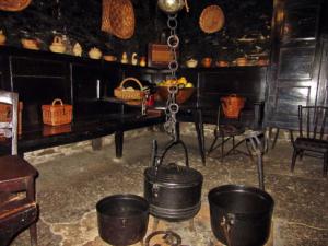 Cocina tradicional asturiana en la Chabola de Vallado