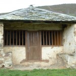 Capilla de San Antón, Carbaéu / Carballedo (parroquia de Santa Marina, Cangas del Narcea)